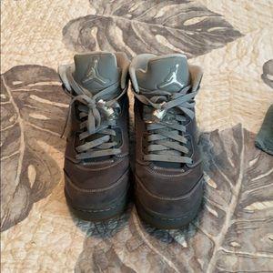 Wolf grey 5 Jordan's